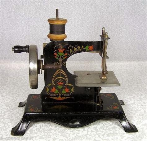 Mesin Jahit Antik i cocacola mesin jahit antik miniatur antique