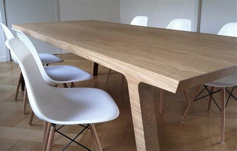 ravishing minimalist decor makes a bold visual impact with