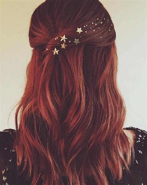 latest holiday wood hairstyles pretty holiday hairstyles for 2016 new year hairstyles