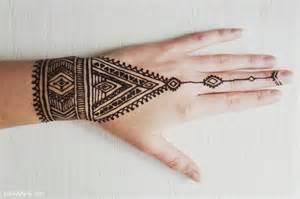 25 best ideas about henna tattoo designs auf pinterest