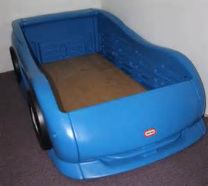 tikes blue race car bed wallpaper
