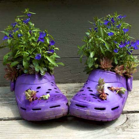 backyard planter ideas 20 ways to recycle shoes for planters cheap decorations