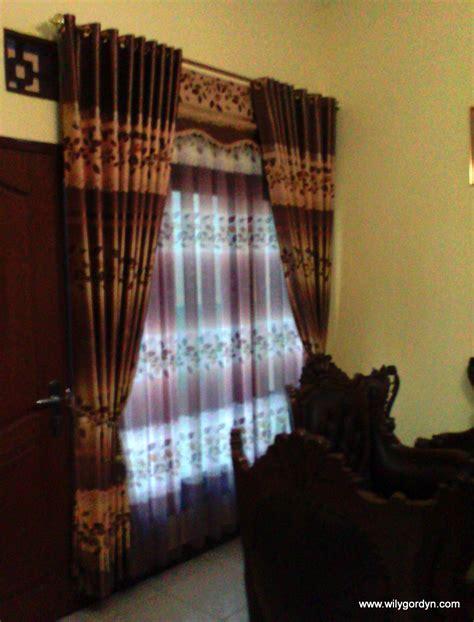 contoh warna gorden  bagus  rumah minimalis