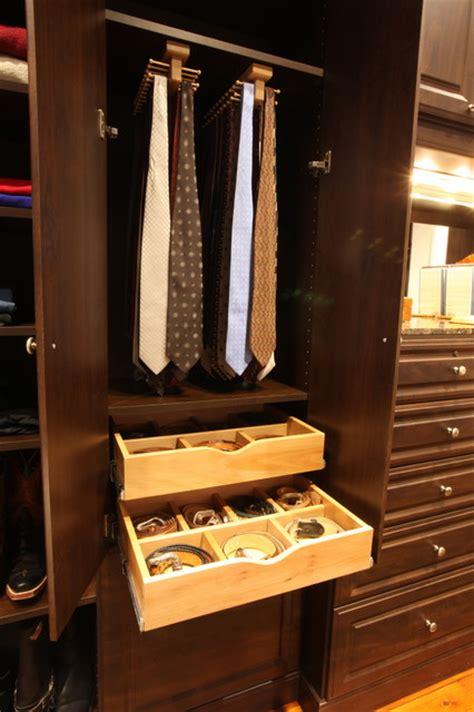 mans closet  mocha