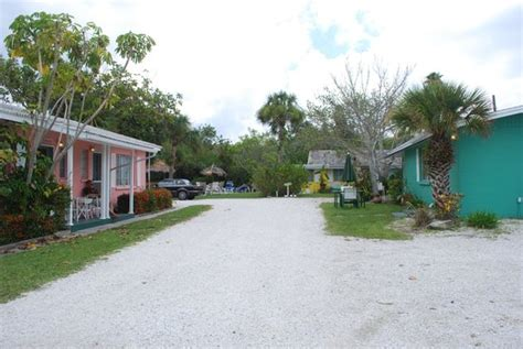 the pink cottage is the seahorse picture of siesta key