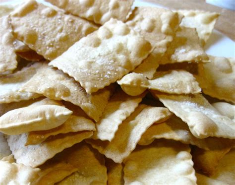 Handmade Crackers - something easy and unlikely saltines stresscake