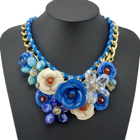 2014 new design spring gold chain spray paint metal flower