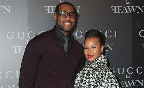 lebron james wife biography 5 facts about lebron james wife savannah brinson bio wiki