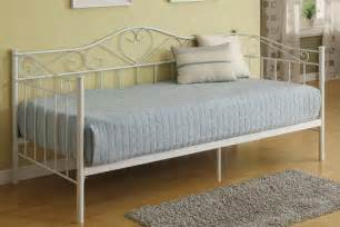 f9076 day bed frame by poundex