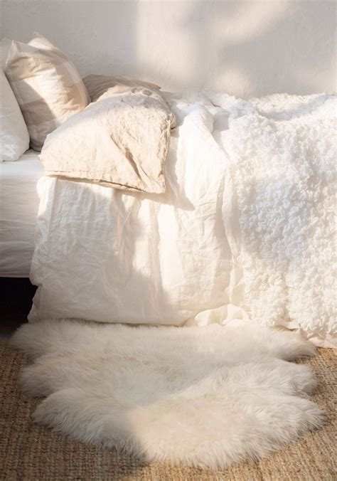 best 25 faux fur rug ideas on pinterest fur rug white