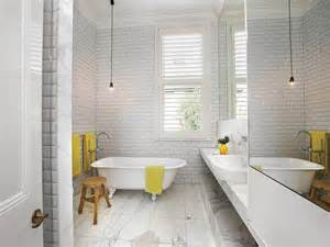 Modern Yellow Bathroom Pictures White And Yellow Bathroom With Claw Foot Tub