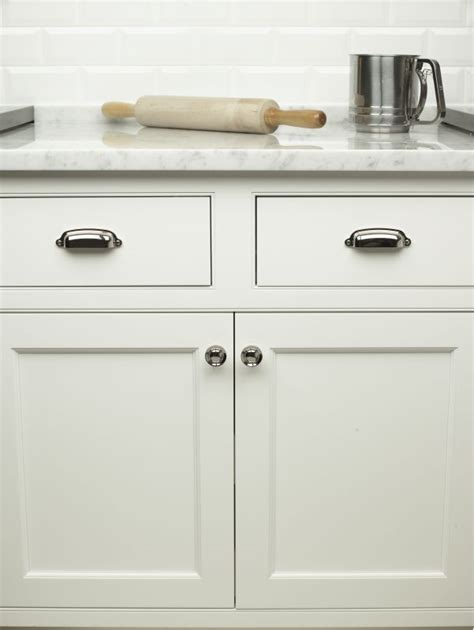 kitchen cabinet hardware com coupon code top knobs m1301 cabinet pull build com