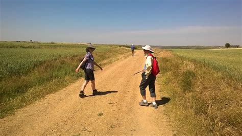 camino pilgrim guides camino santiago de compostela el camino de santiago pilgrimage the way to the of