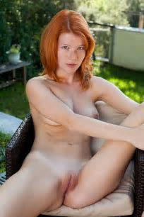 Nude Redhead Girls With Freckles