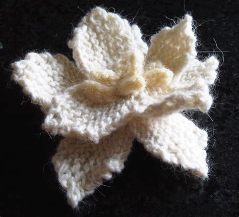 how to knit a flower cheryl graf some different flowers