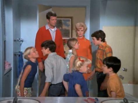 Brady Bunch House Floor Plan brady bunch bathroom 1969 bionic disco