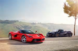 Vs Mclaren Hybrid Is The New Fast Laferrari Vs Mclaren P1