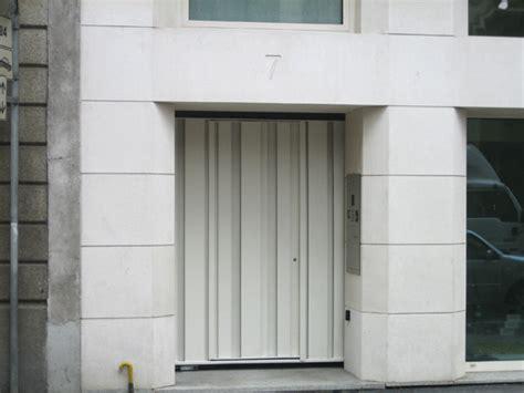 ingresso pedonale cancello ad anta con ingresso pedonale tipologia fascioni