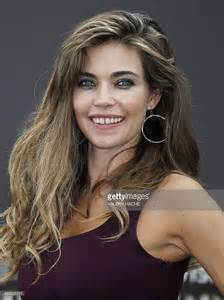 Cocktail Party Entertainment - amelia heinle getty images