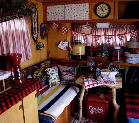 vintage travel decor 1000 ideas about vintage trailer decor on pinterest