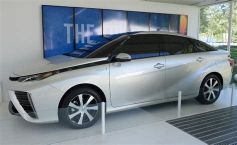 Toyota Fuel Cell Vehicle Toyota Fuel Cell Vehicle Hits Regulation Snag 187 Autoguide