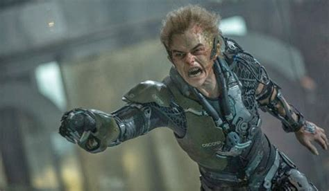 green goblin actor amazing spider man 2 two shot review the amazing spider man 2 zekefilm