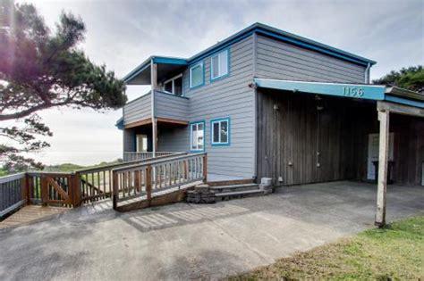 Newport Vacation Rentals Beach House Rentals Vacasa Newport Oregon House Rentals