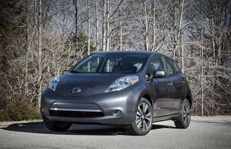leaf nissan 2013 2013 nissan leaf longer range faster charging leather