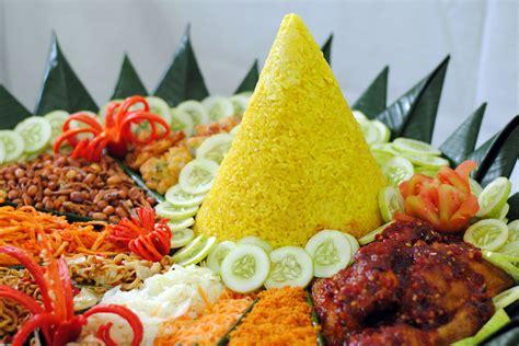 Nasi Tumpeng nasi kuning tumpeng related keywords nasi kuning tumpeng keywords keywordsking