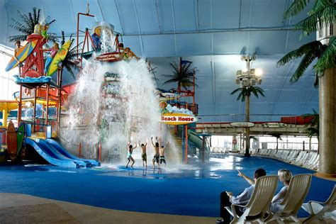 fallsview indoor waterpark attractions ontario