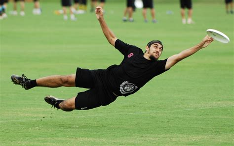 ultimate frisbee layout catch layouts ultimate frisbee pinterest