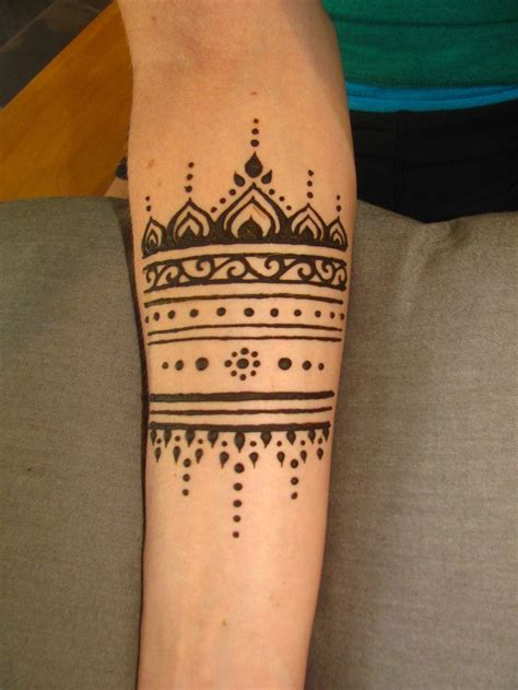 simple traditional tattoos arm cuff henna inspiration arms awesome