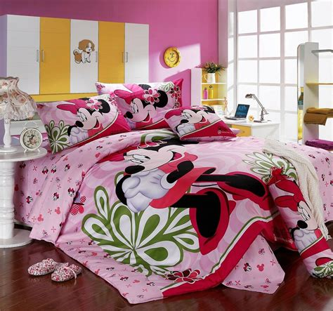 Minnie Mouse Bedding by Disney Licensed Minnie Mouse 7pcs Size