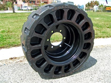 Bridgestone Airless Tires by Airless Tire