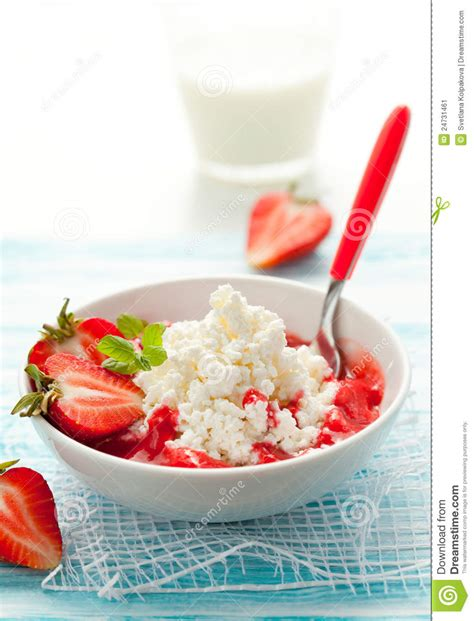 Strawberry Cottage Cheese by Cottage Cheese With Strawberry Stock Image Image 24731461