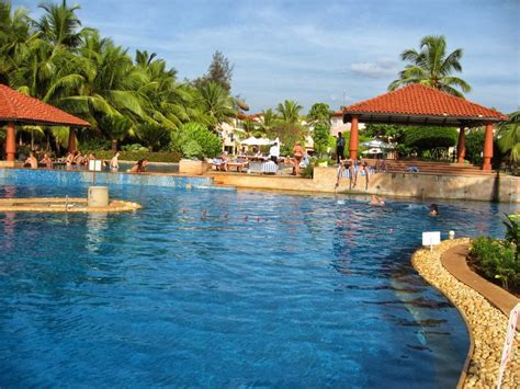 best resorts in goa october 2013 goa guide luxury and budget