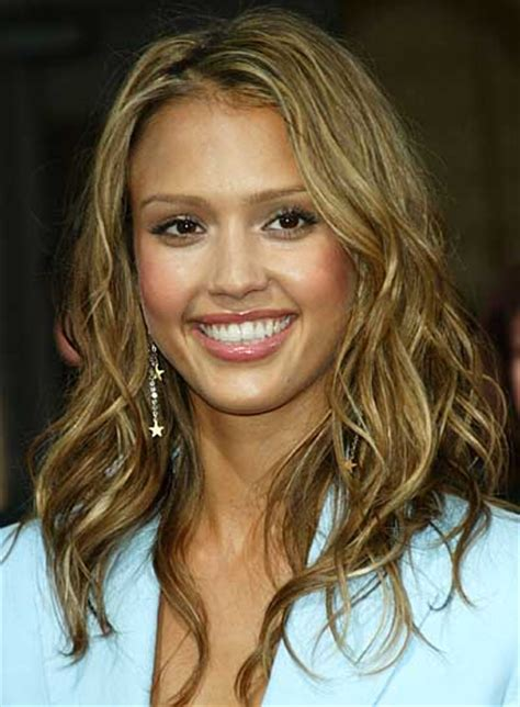 celebrity hairstyles color highlights jessica alba beauty riot