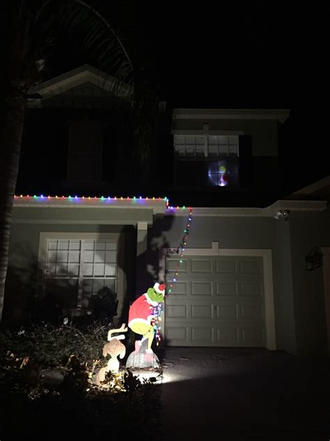 grinch taking lights disappointing 2014 the poke