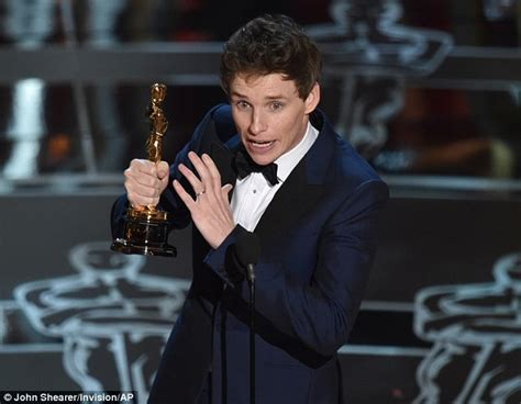 film oscar best actor stephen hawking congratulates eddie redmayne on best actor