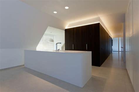 wäscheschacht indirekte beleuchtung wohnzimmer decke indirekte