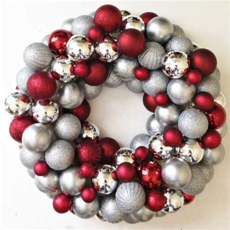 wreaths decorated with ornaments mouthtoears how to make an easy diy ornament wreath the happier