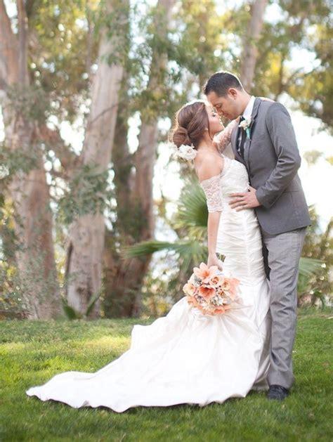 25  best ideas about Wedding posing on Pinterest   Wedding