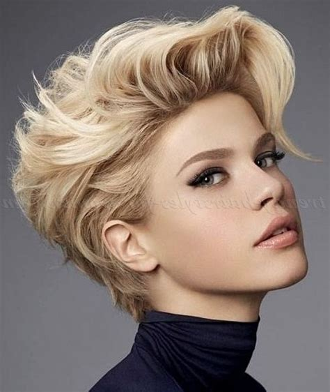 the hottest short hairstyles haircuts for 2015 the stylish female short hairstyle 2015 for residence