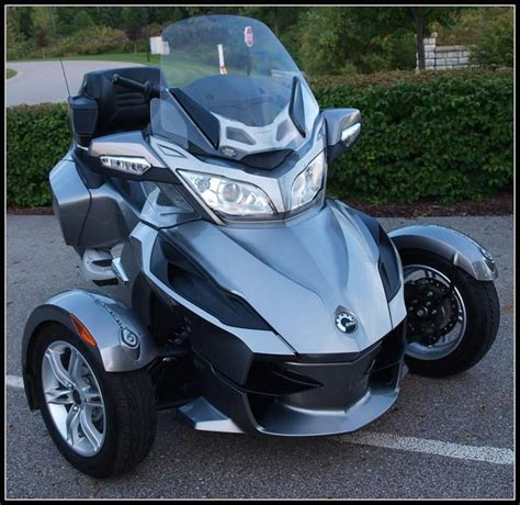 spyder motorcycle trike images