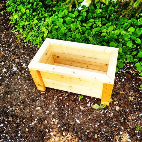 Simple Planter Box by Wide Planter Box Myoutdoorplans Free Woodworking Plans