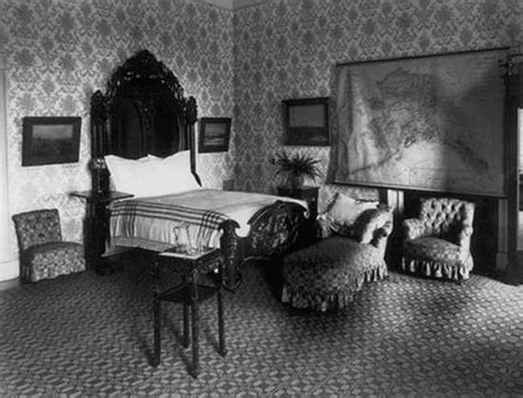 haunt bed top 10 haunted areas of the whitehouse listverse