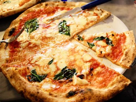 best pizza naples italy why no one wants to travel to naples business insider