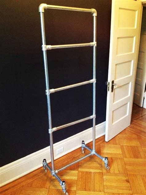 Pvc Pipe Rack by How To Make A Towel Rack From Pvc Pipe Woodworking