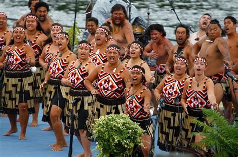 kapa haka indegenous maori culture performance art new