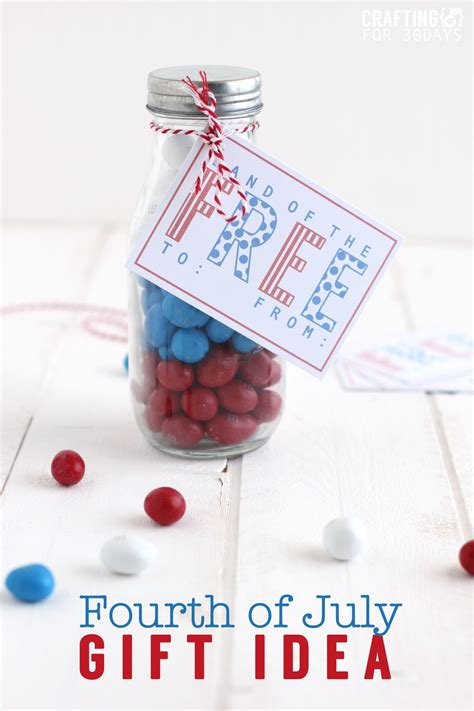 Thirty Handmade Days - 4th of july gift idea printable tag thirty handmade days